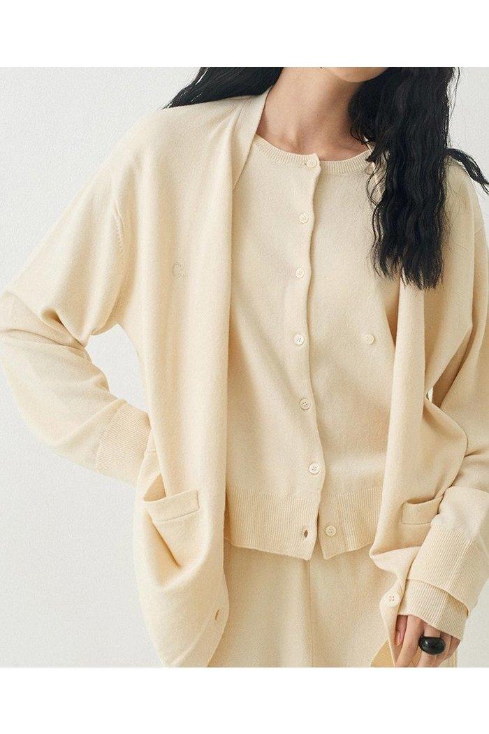 【ガリャルダガランテ/GALLARDAGALANTE】の【CEPIE.】レイヤードミドルカーディガン インテリア・キッズ・メンズ・レディースファッション・服の通販 founy(ファニー) https://founy.com/ ファッション Fashion レディースファッション WOMEN トップス・カットソー Tops/Tshirt ニット Knit Tops カーディガン Cardigans 2020年 2020 2020-2021秋冬・A/W AW・Autumn/Winter・FW・Fall-Winter/2020-2021 2021年 2021 2021-2022秋冬・A/W AW・Autumn/Winter・FW・Fall-Winter・2021-2022 A/W・秋冬 AW・Autumn/Winter・FW・Fall-Winter カーディガン コンパクト ミドル |ID: prp329100001872678 ipo3291000000010781952
