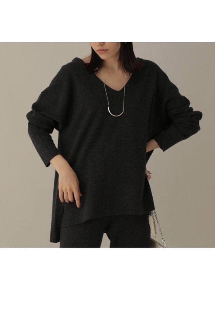 【カオス/Chaos】のラマーリバーVネックプルオーバー インテリア・キッズ・メンズ・レディースファッション・服の通販 founy(ファニー) https://founy.com/ ファッション Fashion レディースファッション WOMEN トップス・カットソー Tops/Tshirt ニット Knit Tops プルオーバー Pullover Vネック V-Neck 2020年 2020 2020-2021秋冬・A/W AW・Autumn/Winter・FW・Fall-Winter/2020-2021 2021年 2021 2021-2022秋冬・A/W AW・Autumn/Winter・FW・Fall-Winter・2021-2022 A/W・秋冬 AW・Autumn/Winter・FW・Fall-Winter おすすめ Recommend シンプル ダブル フェイス |ID: prp329100001887144 ipo3291000000010943860