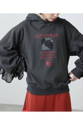【ローズバッド/ROSE BUD】 グラフィックフーデッドスウェット人気、トレンドファッション・服の通販 founy(ファニー) ファッション Fashion レディースファッション WOMEN トップス・カットソー Tops/Tshirt シャツ/ブラウス Shirts/Blouses パーカ Sweats ロング / Tシャツ T-Shirts スウェット Sweat カットソー Cut and Sewn グラフィック シャーリング パーカー フリル |ID:prp329100002006538