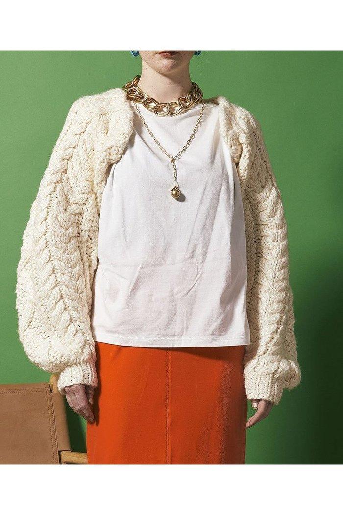 【メゾンスペシャル/MAISON SPECIAL】のボリュームスリーブアームボレロニット インテリア・キッズ・メンズ・レディースファッション・服の通販 founy(ファニー) https://founy.com/ ファッション Fashion レディースファッション WOMEN トップス・カットソー Tops/Tshirt ニット Knit Tops プルオーバー Pullover ボリュームスリーブ / フリル袖 Volume Sleeve カットソー ジャケット フィット ボレロ  ID: prp329100002054090 ipo3291000000012588752
