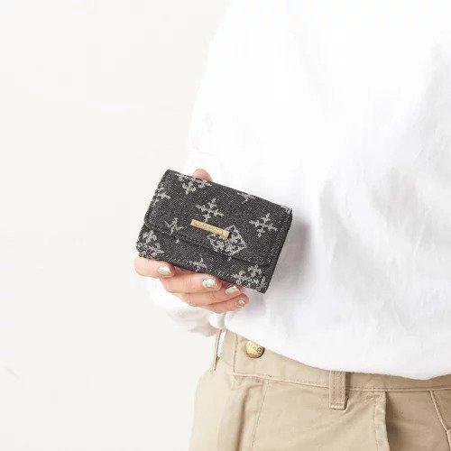 【デイリー ラシット/Daily russet / GOODS】のデニム コンパクト財布(小) インテリア・キッズ・メンズ・レディースファッション・服の通販 founy(ファニー) コイン コンパクト 財布 デニム フロント ポケット ブラック|ID: prp329100000508051 ipo3291000000001571905