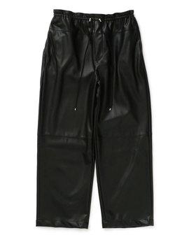 【オンワード デザイン ダイバーシティ/ONWARD Design Diversity】 【IIQUAL】フェイクレザーパンツ人気、トレンドファッション・服の通販 founy(ファニー) ファッション Fashion レディースファッション WOMEN パンツ Pants 送料無料 Free Shipping おすすめ Recommend ギャザー リラックス ルーズ |ID:prp329100002076390